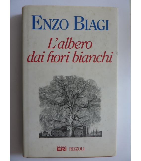 L'ALBERO DAI FIORI BIANCHI